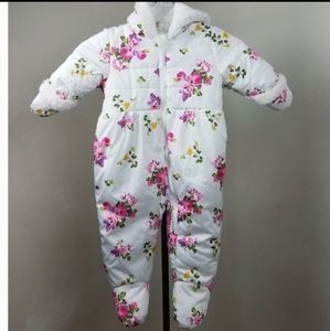 Rothschild Infant Zip-Up Winter Pram